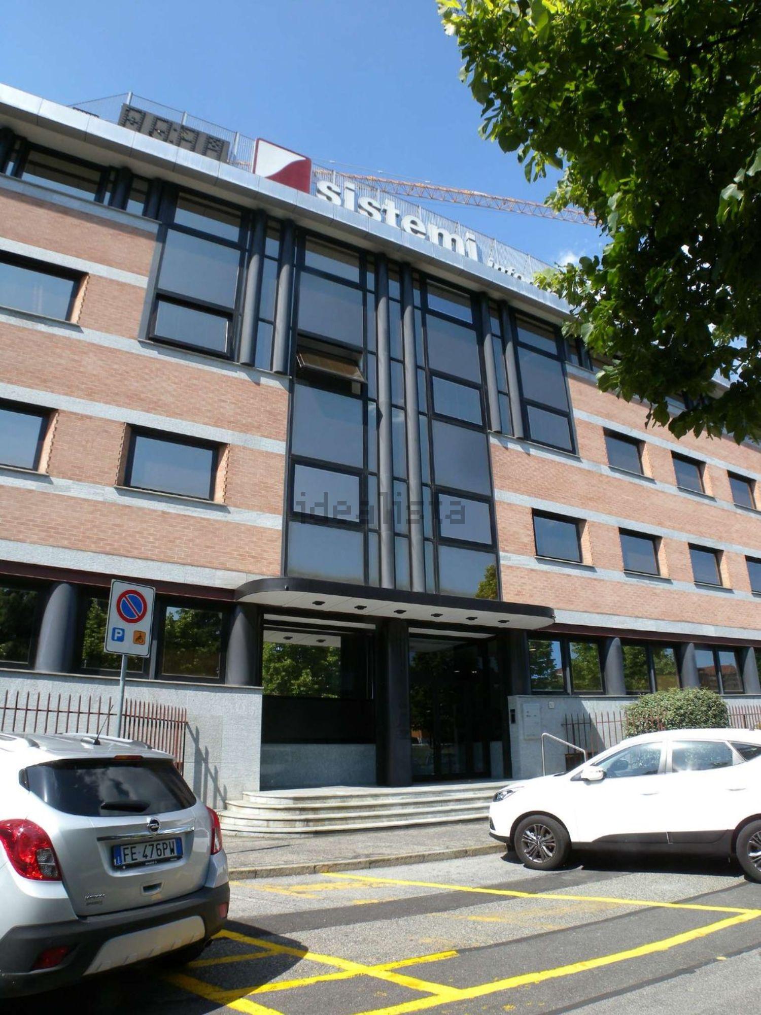 Uffici in affitto a collegno in zona corso francia for Affitto ufficio corso francia roma