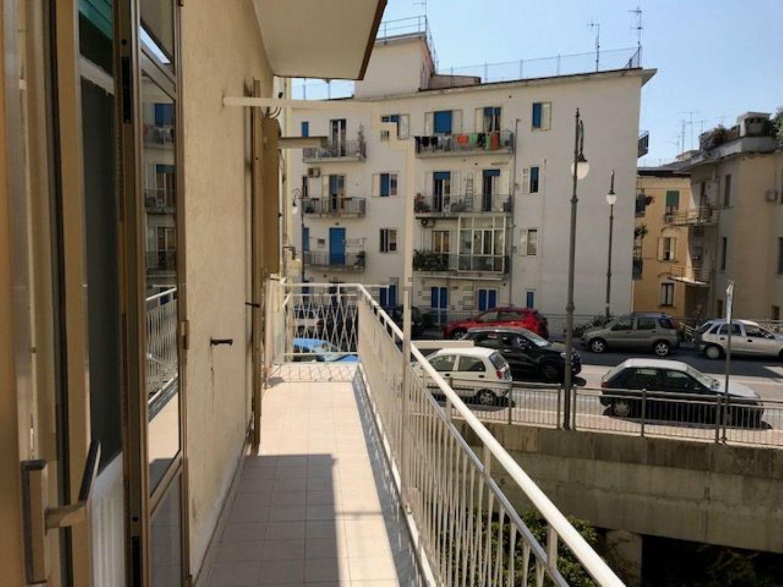 Ufficio Casa Salerno Via Principessa Sichelgaita : Appartamenti di recente ristrutturazione a meno di u20ac 150.000 00