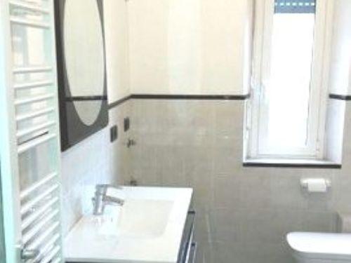 Bagni Pescetto Albisola Superiore : Appartamento in vendita via dei pescetto albisola superiore