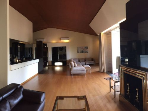 Casa / Villetta bifamiliare In Affitto