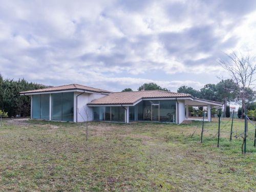 Casa / Villa In Vendita