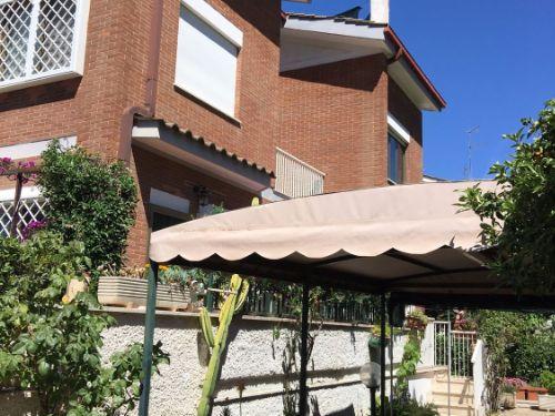 Casa / Villetta a schiera In Vendita