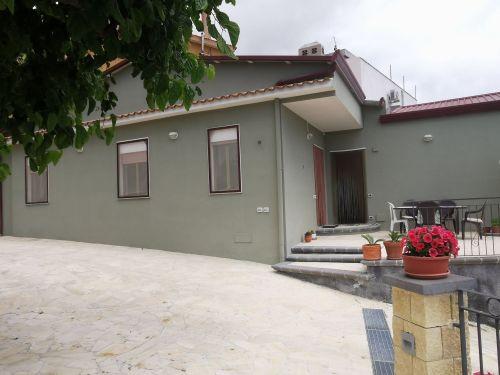Casa/Casa indipendente In Affitto