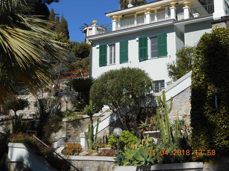 Duplex in affitto a Bordighera, 4 locali, prezzo € 1.500 | PortaleAgenzieImmobiliari.it