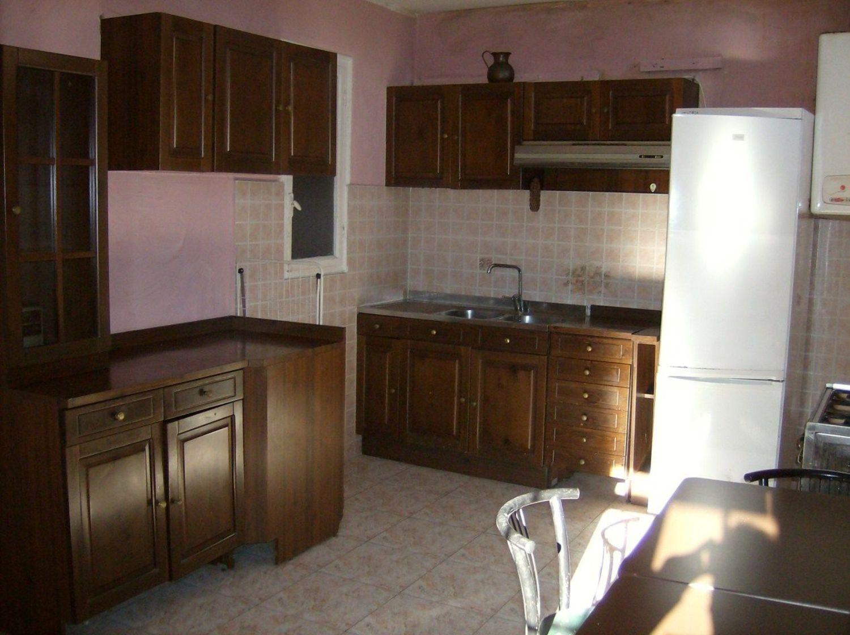 Appartamento in vendita a Cuorgnè, 5 locali, prezzo € 50.000 | CambioCasa.it