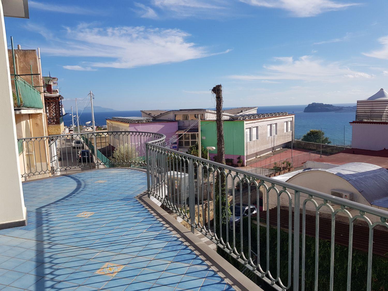 Appartamento In Affitto Via Panoramica 14 Monte Di Procida