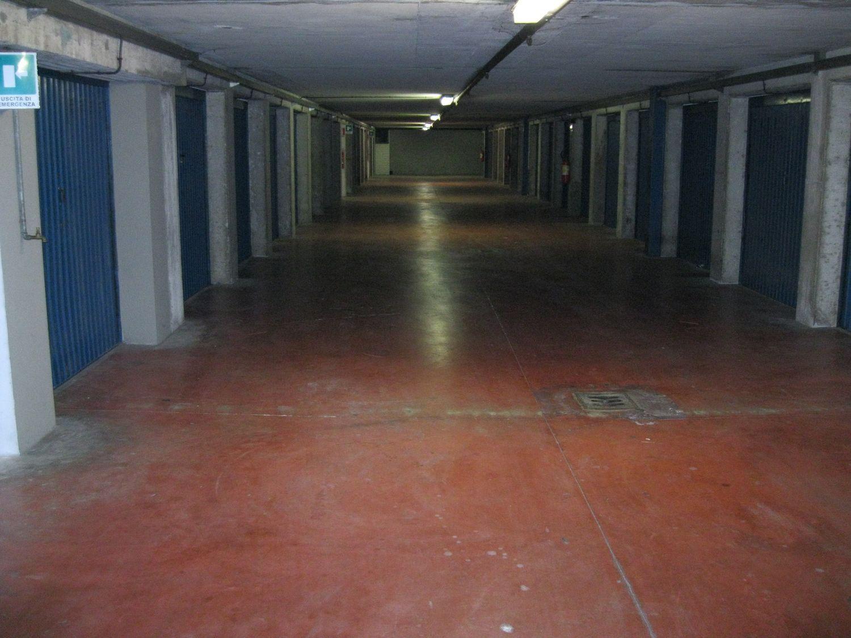 Box / Garage in affitto a Bologna, 9999 locali, prezzo € 85 | CambioCasa.it