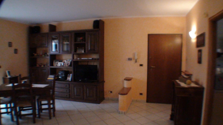 Appartamento in vendita a Salassa, 5 locali, prezzo € 125.000 | Cambio Casa.it