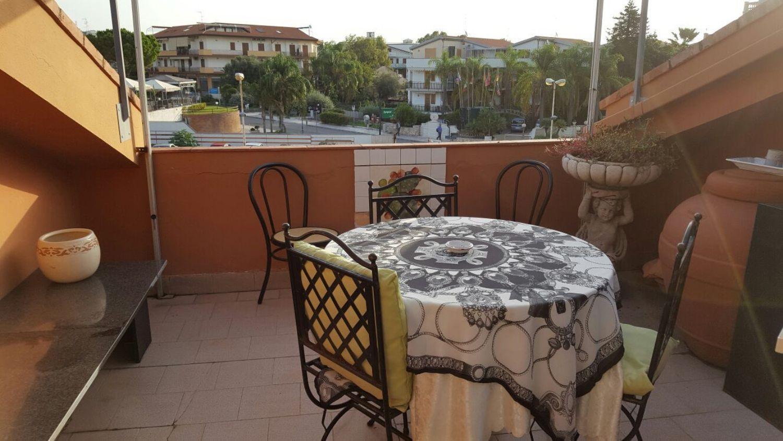 Loft / Openspace in vendita a Giardini-Naxos, 9999 locali, prezzo € 95.000 | Cambio Casa.it