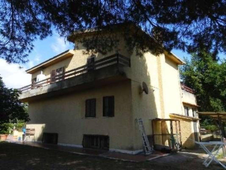 Soluzione Indipendente in vendita a Sabaudia, 5 locali, prezzo € 229.000 | CambioCasa.it
