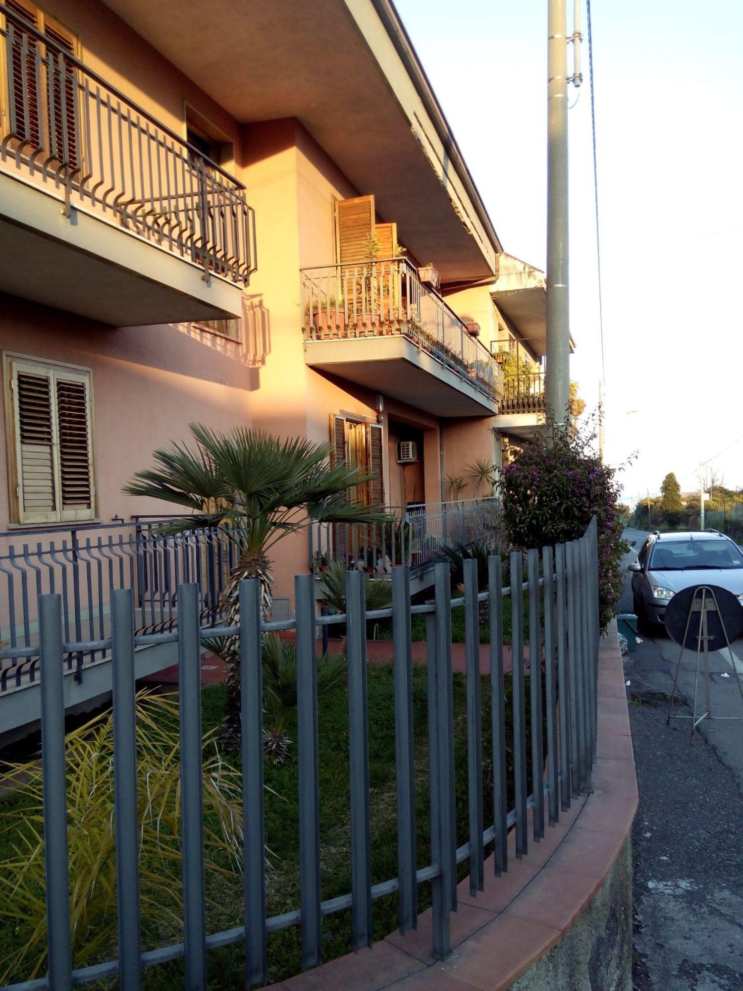 Appartamento in vendita a Santa Venerina, 3 locali, prezzo € 140.000 | Cambio Casa.it