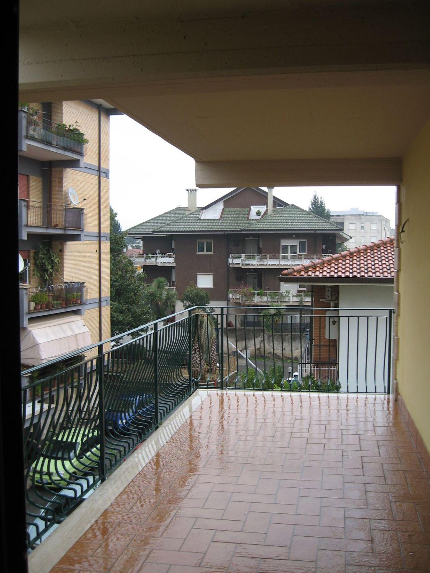 Appartamento in vendita a Velletri, 3 locali, prezzo € 175.000 | Cambio Casa.it