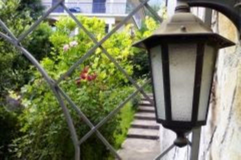 Soluzione Indipendente in vendita a Mercogliano, 8 locali, prezzo € 600.000 | Cambio Casa.it