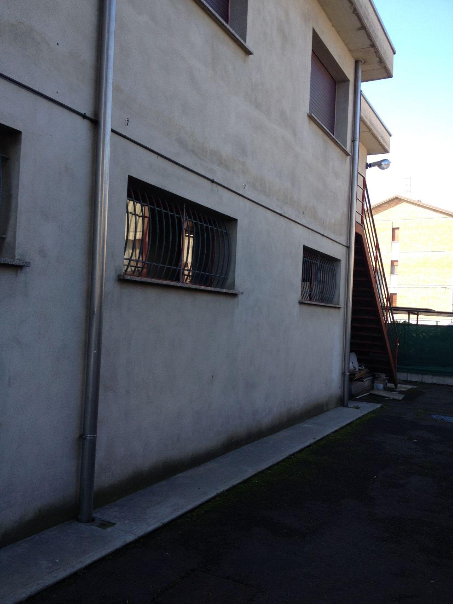 Capannone in vendita a Reggio Emilia, 9999 locali, prezzo € 380.000 | CambioCasa.it