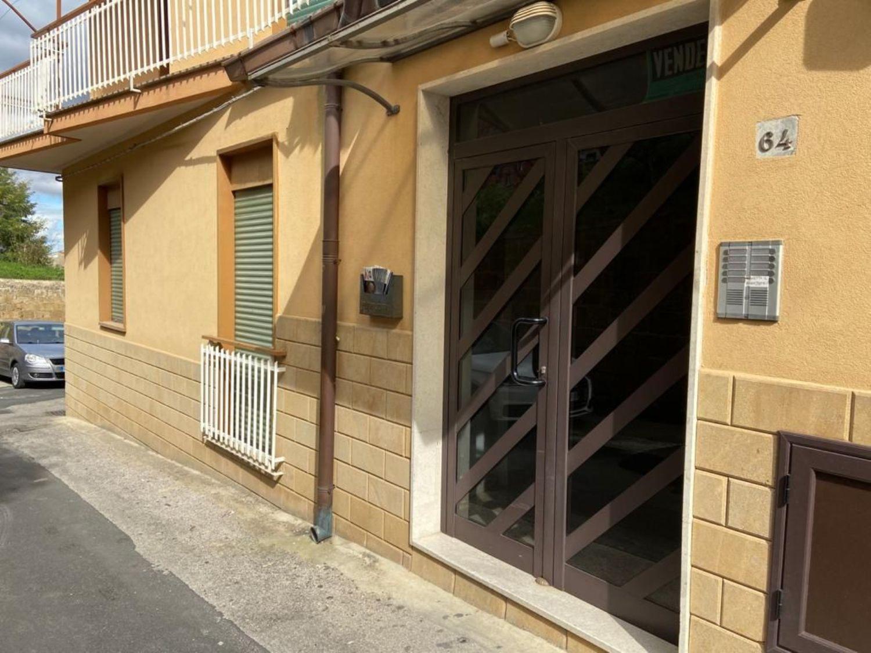 Appartamento in vendita a Enna, 5 locali, prezzo € 149.000   CambioCasa.it