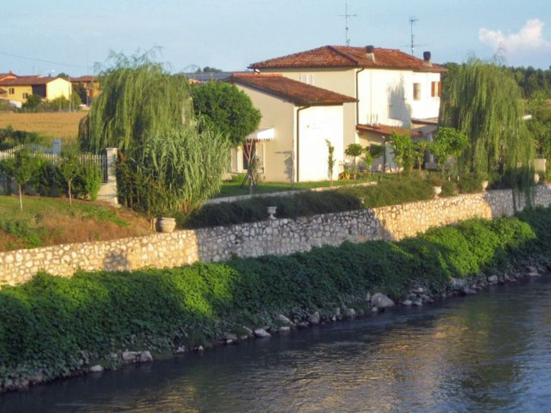 Appartamento in vendita a Pralboino, 9 locali, prezzo € 295.000 | CambioCasa.it