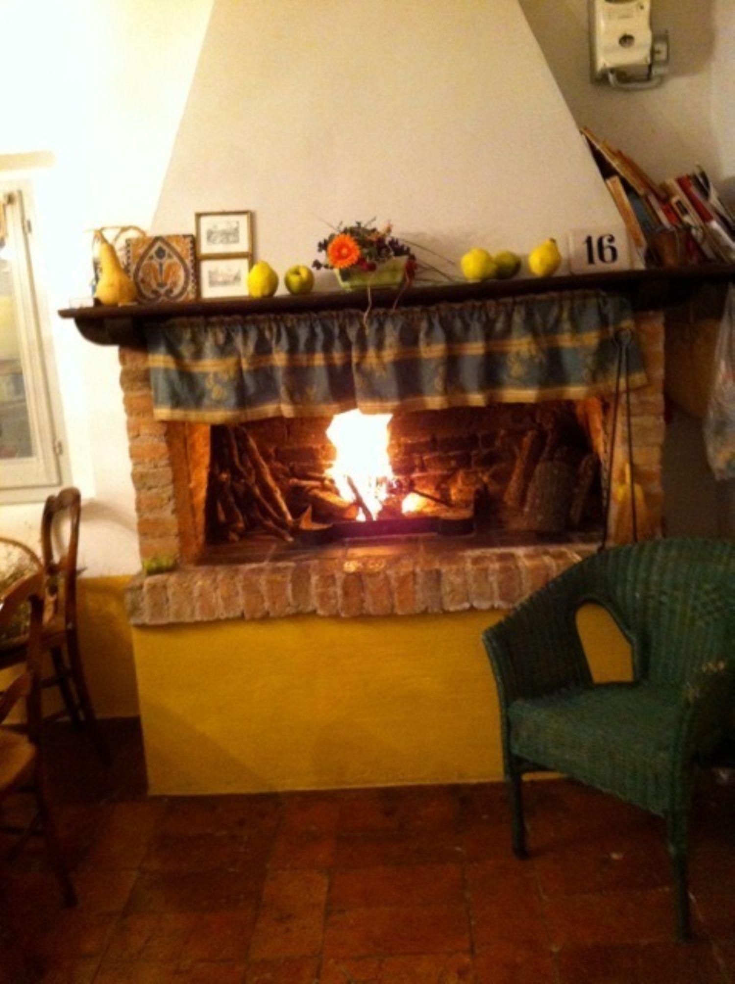 Appartamento in vendita a Massa Martana, 5 locali, prezzo € 325.000   Cambio Casa.it