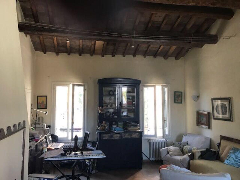Soluzione Indipendente in vendita a Padova, 7 locali, prezzo € 350.000 | CambioCasa.it