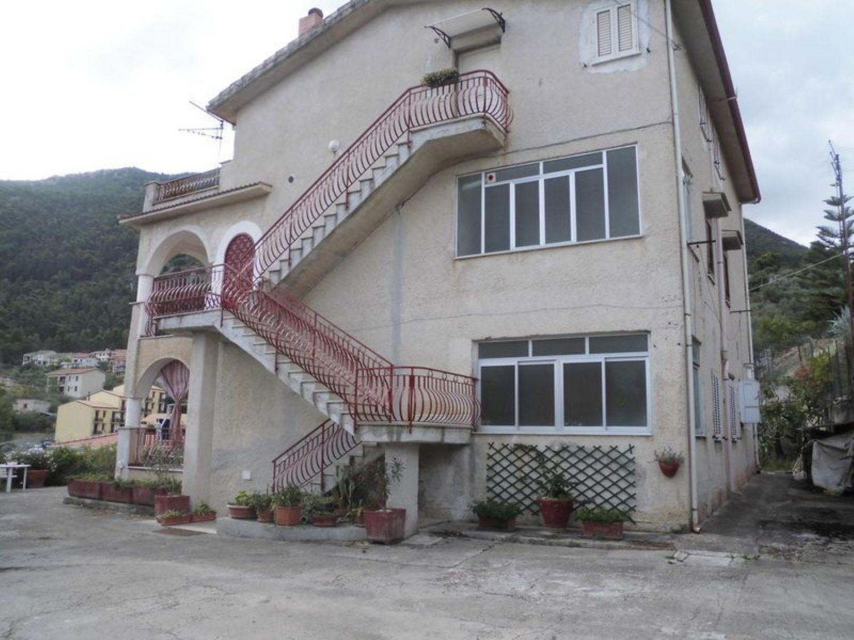 Villa Bifamiliare in Vendita a Altofonte