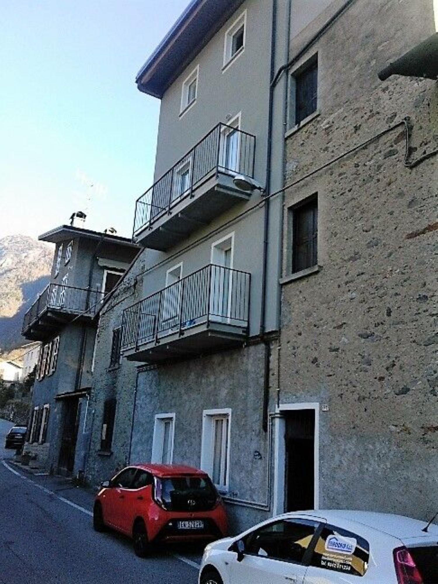 Appartamento in affitto a Sondrio, 2 locali, prezzo € 320 | Cambio Casa.it