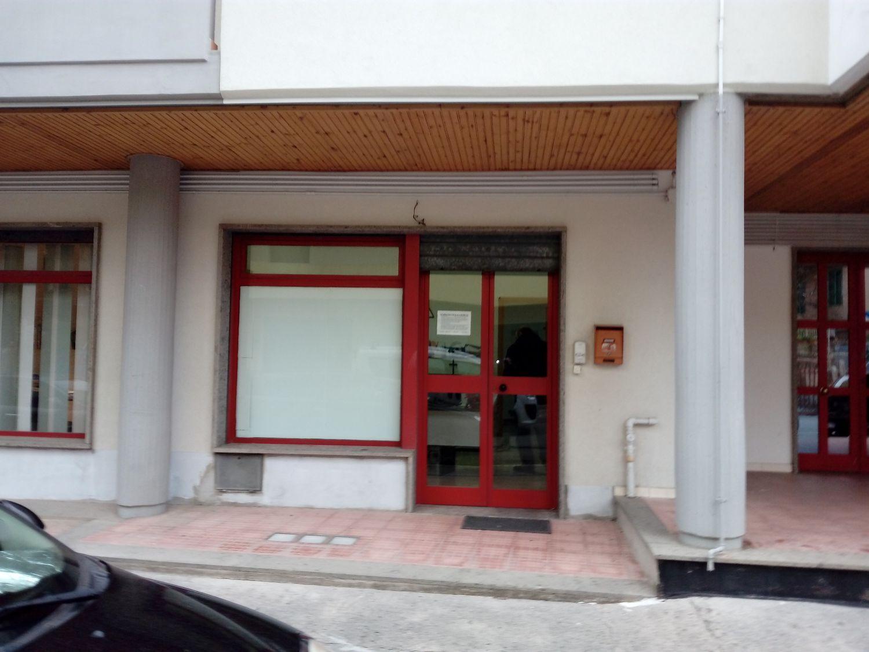 Ufficio / Studio in affitto a Vasto, 9999 locali, prezzo € 350 | Cambio Casa.it