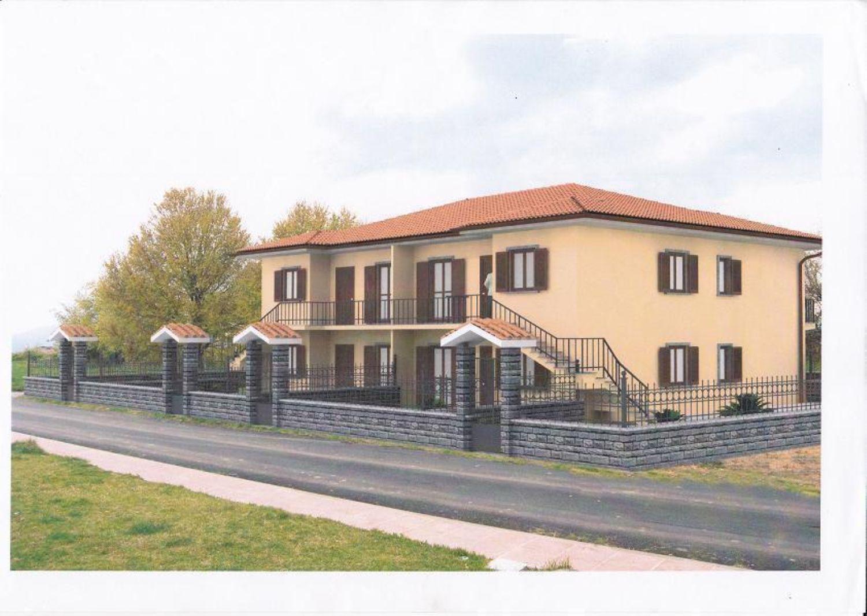 Appartamento in vendita a Bomarzo, 4 locali, prezzo € 170.000 | Cambio Casa.it
