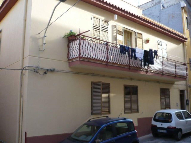 Appartamento in vendita a Termini Imerese, 3 locali, prezzo € 40.000 | CambioCasa.it