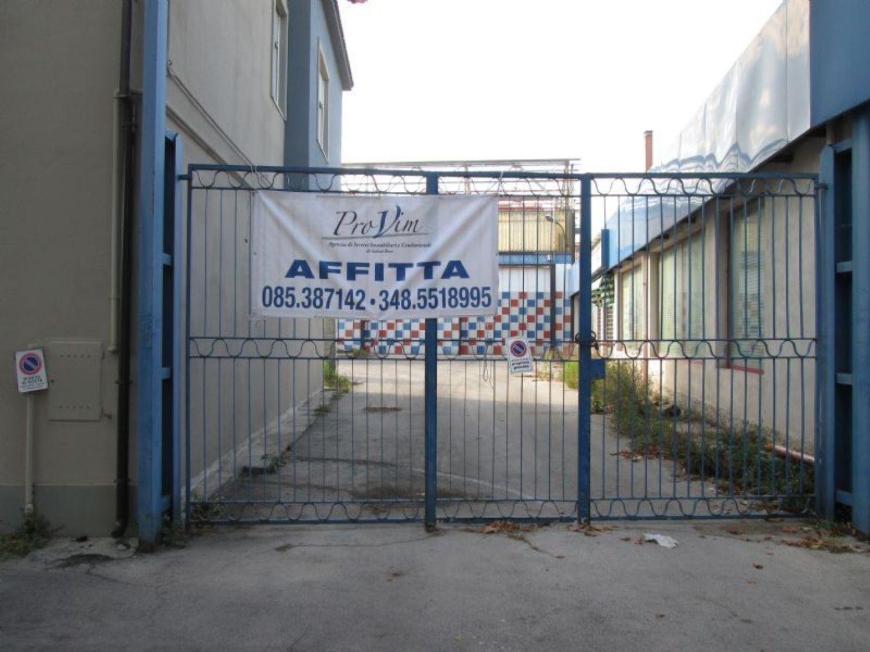 Capannone in affitto a Pescara, 9999 locali, prezzo € 4.000 | CambioCasa.it