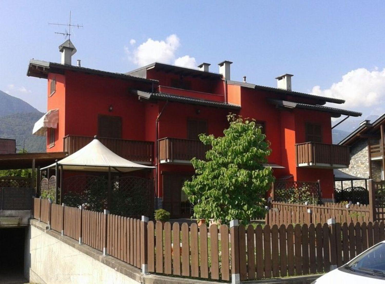 Villa Bifamiliare in Vendita a Poggiridenti