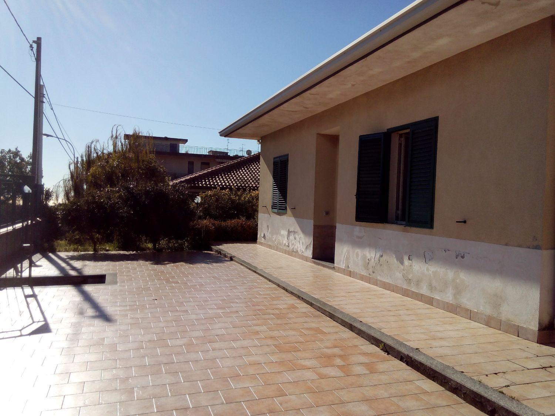 Soluzione Indipendente in vendita a Aci Sant'Antonio, 5 locali, prezzo € 189.500 | Cambio Casa.it