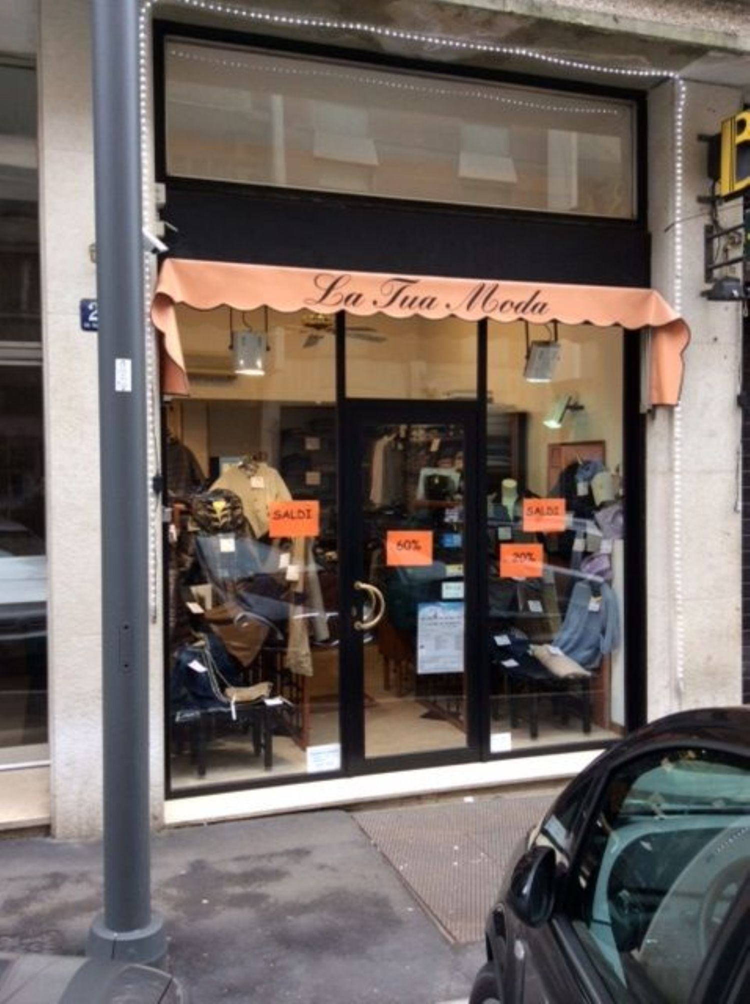 Immobile Commerciale in affitto a Trieste, 9999 locali, prezzo € 650 | Cambio Casa.it