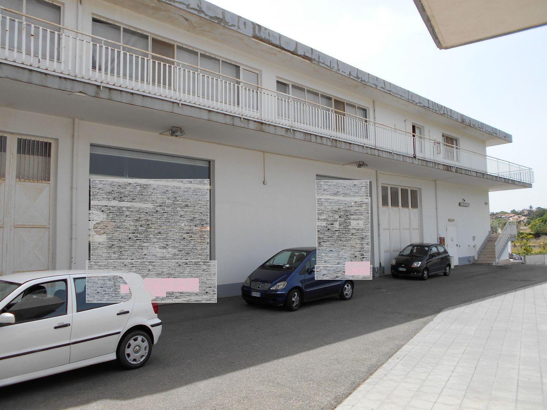 Immobile Commerciale in affitto a Acireale, 9999 locali, prezzo € 11.500 | Cambio Casa.it
