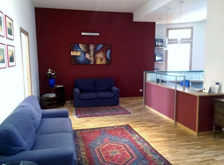 Ufficio / Studio in vendita a Palermo, 9999 locali, prezzo € 515.000 | CambioCasa.it