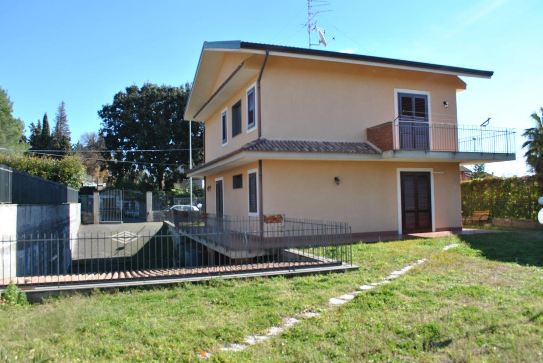 Soluzione Indipendente in affitto a Aci Sant'Antonio, 5 locali, prezzo € 825 | Cambio Casa.it