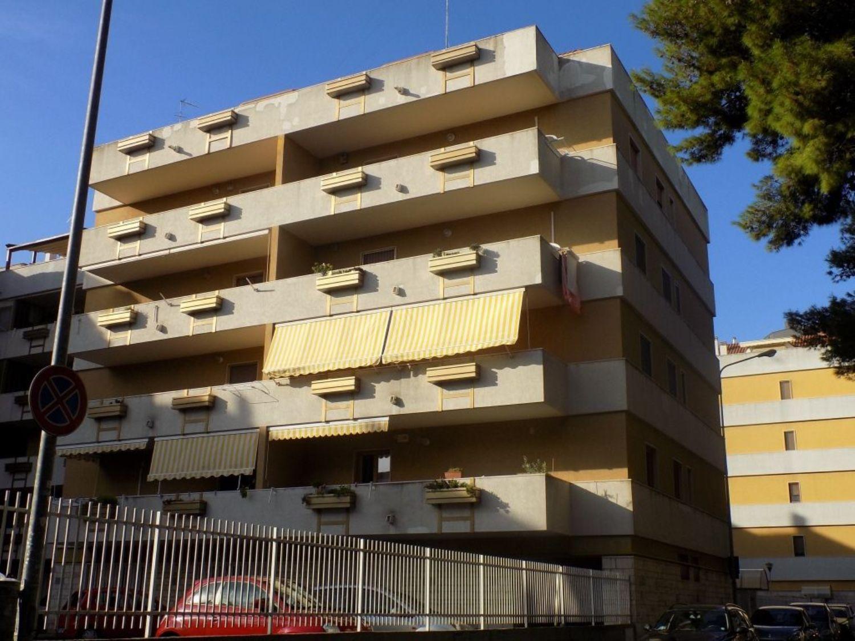 Attico / Mansarda in vendita a Taranto, 5 locali, prezzo € 350.000 | CambioCasa.it
