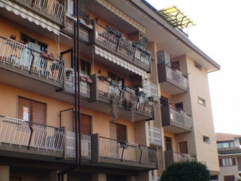 Appartamento in vendita a Cuorgnè, 3 locali, prezzo € 65.000 | Cambio Casa.it
