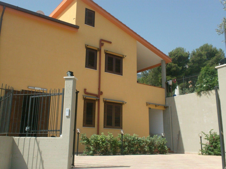 Villa Bifamiliare in Vendita a Trabia