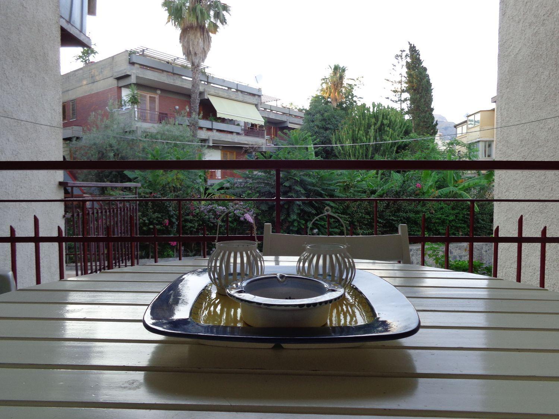 Loft / Openspace in affitto a Giardini-Naxos, 9999 locali, prezzo € 800 | CambioCasa.it