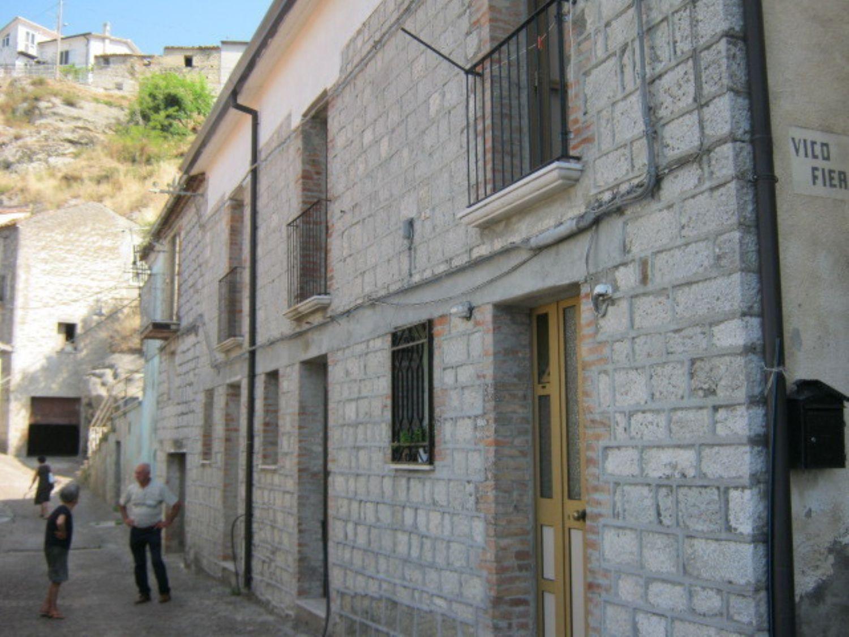Duplex in vendita a San Giorgio La Molara, 5 locali, prezzo € 70.000 | Cambio Casa.it