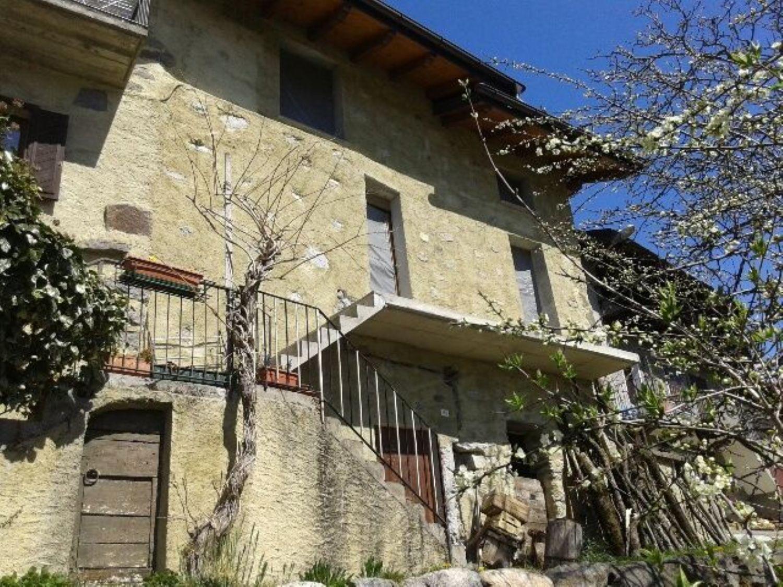 Villa a Schiera in vendita a Tresivio, 4 locali, prezzo € 69.000 | Cambio Casa.it