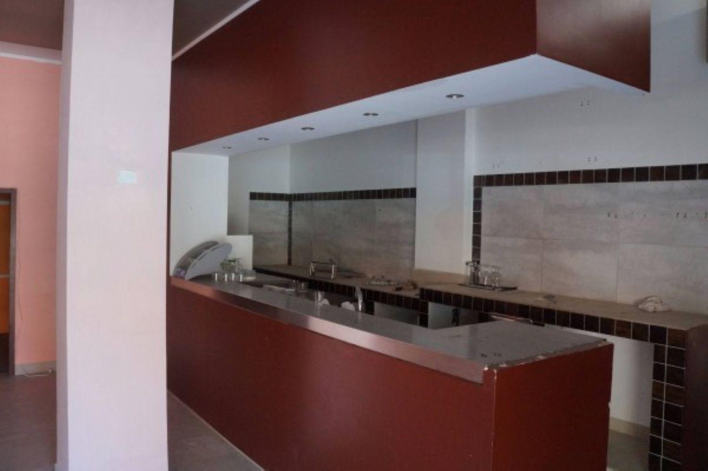 Immobile Commerciale in vendita a Ravenna, 9999 locali, prezzo € 140.000 | CambioCasa.it
