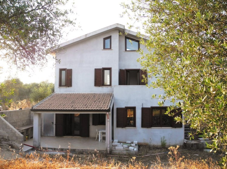 Soluzione Indipendente in vendita a Sassari, 5 locali, prezzo € 162.000 | Cambio Casa.it