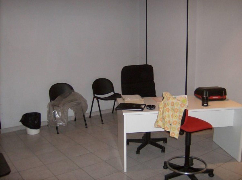 Ufficio / Studio in affitto a Cuorgnè, 9999 locali, prezzo € 550 | CambioCasa.it