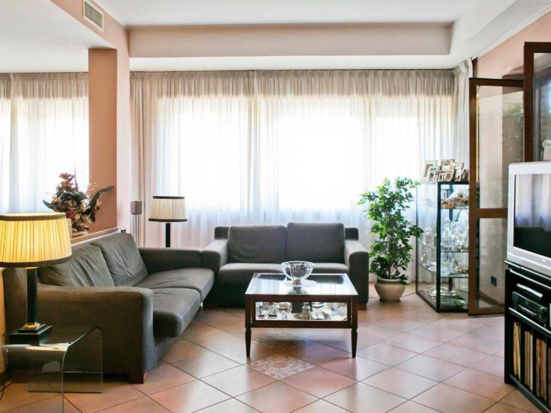 Appartamento in vendita a Roma, 5 locali, prezzo € 930.000 | CambioCasa.it