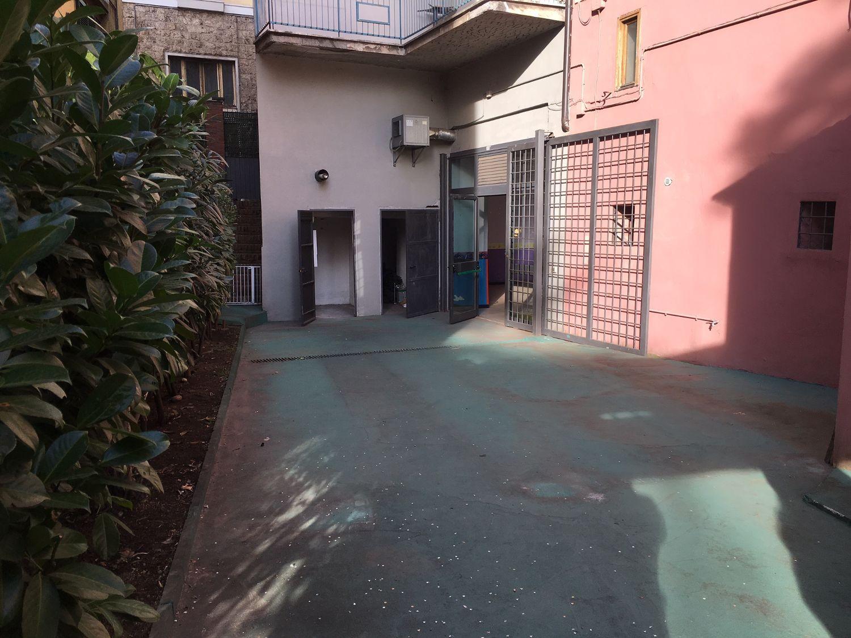 Immobile Commerciale in vendita a Subiaco, 9999 locali, prezzo € 220.000 | CambioCasa.it