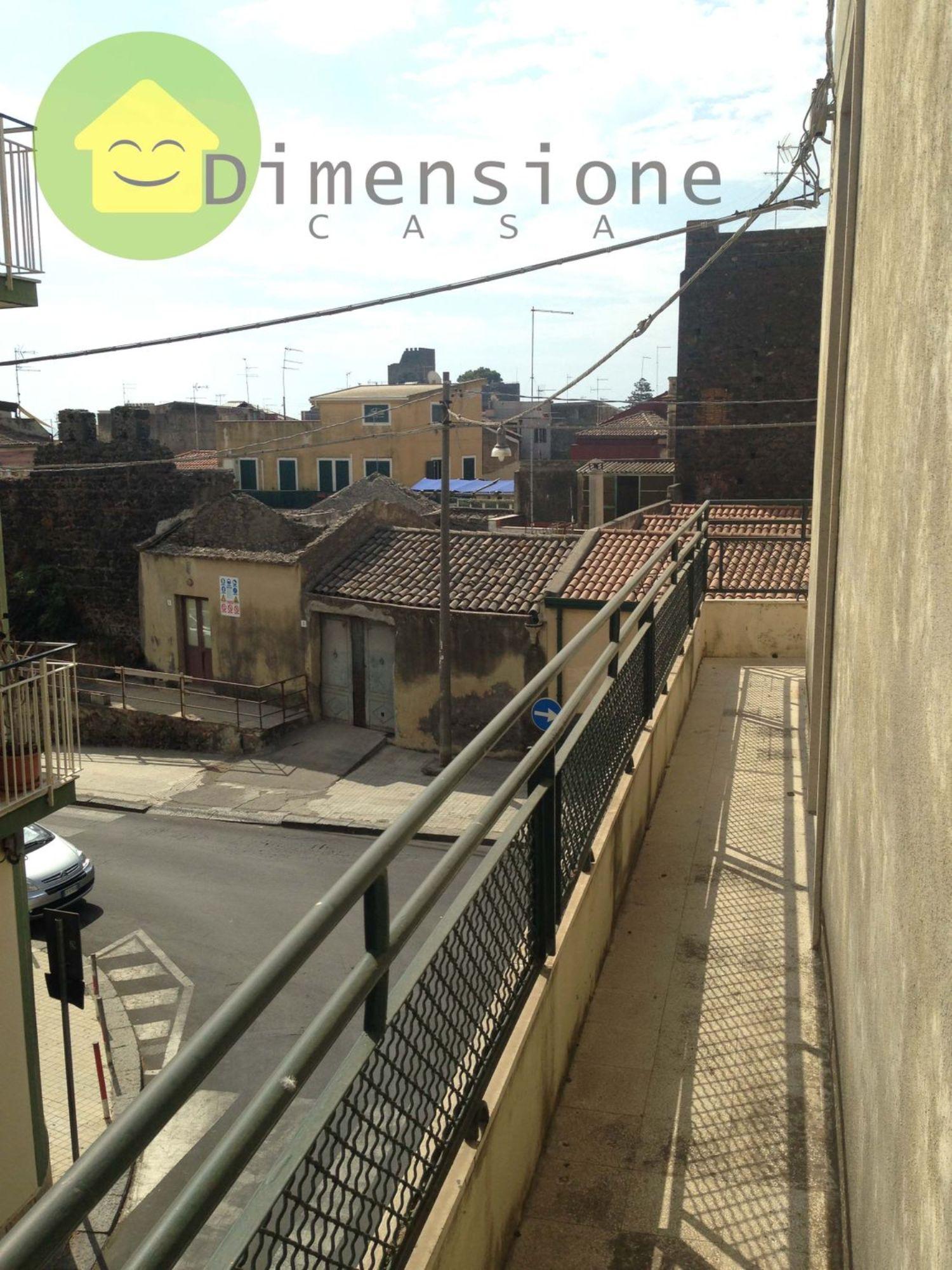 Appartamento in vendita a Aci Castello, 4 locali, prezzo € 216.500 | Cambio Casa.it