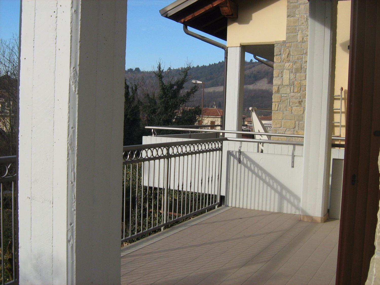 Appartamento in vendita a Dolcè, 3 locali, prezzo € 145.000 | Cambio Casa.it
