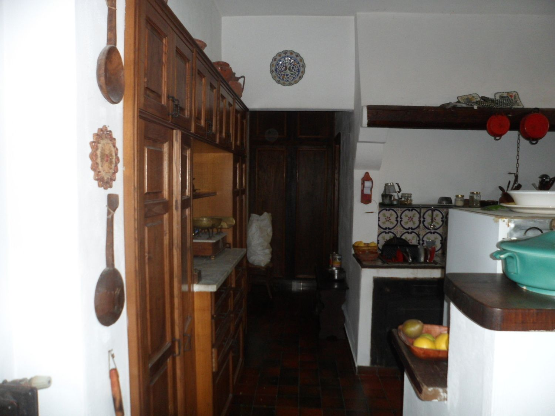 Soluzione Indipendente in vendita a Palermo, 11 locali, prezzo € 700.000 | CambioCasa.it
