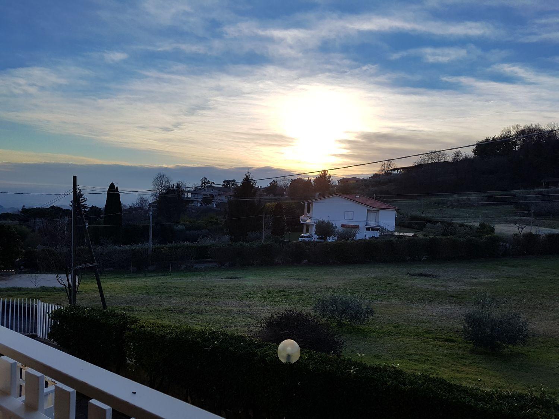Villa Bifamiliare in Affitto a Velletri