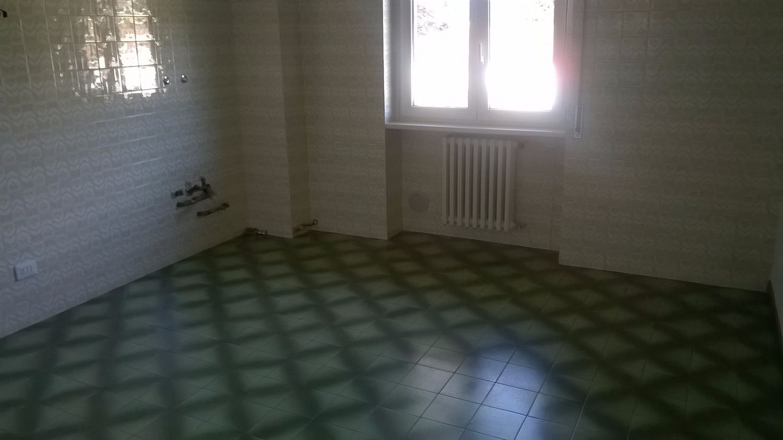 Appartamento in affitto a Cuvio, 3 locali, prezzo € 700 | Cambio Casa.it